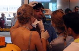 Havalimanında valiz arama kavgası