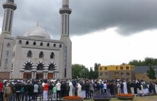Hollanda'da 'Müslümanlara Karşı Ayrımcılık...