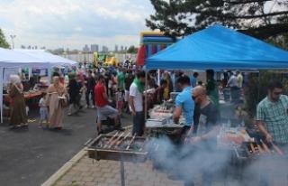 Kanada'da Müslüman topluluklar festivalde bir...