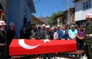 Kıbrıs gazisi, törenle uğurlandı