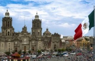 Meksika'da trafik kazası: 15 ölü, 30 yaralı