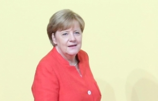 Merkel: ABD-Kuzey Kore krizinin askeri bir çözümle...