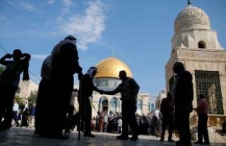 İsrail temmuzda 880 Filistinliyi gözaltına aldı