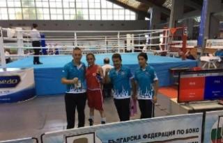 Nevşehirli milli boksör Melike Avrupa'da final...
