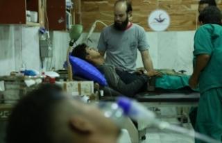 """Şam'da muhaliflere """"zehirli gaz"""" saldırısı..."""