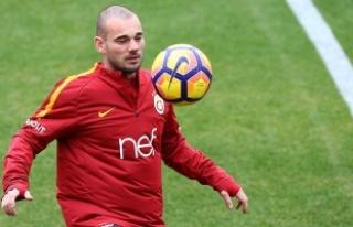 Nice ile Anlaşan Sneijder, Pazartesi Günü Sağlık...