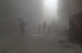Suriye'de muhaliflerin eğitim kampına intihar...