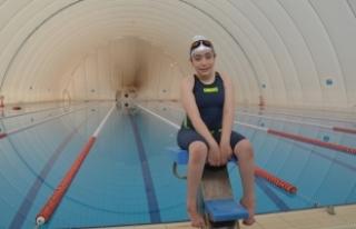 Tedavi amaçlı başladığı yüzmede 14 kez Türkiye...