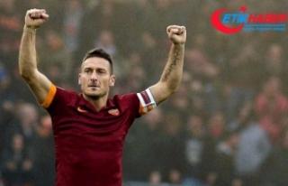 Totti: Tribünde olmak daha çok acı veriyor