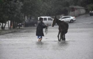 Trakya'da sağanak yağış etkili oldu