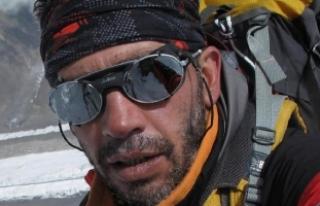 Türk dağcı, Kırgızistan'da tırmandığı...