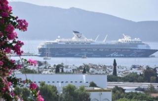 Türkiye'nin turizm geliri yüzde 8,7 arttı