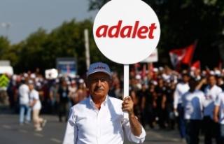 Valilik: CHP'nin mitingine katılımcı sayısı...