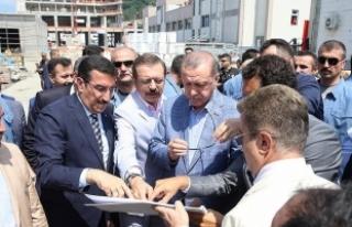 Cumhurbaşkanı Erdoğan, Sarp Gümrük Kapısı'nda...
