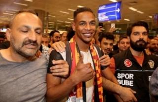 Galatasaray'ın transfer görüşmelerine başladığı...