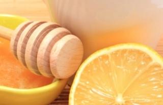 Her Sabah Ballı Limonlu Su İçmenin Faydaları