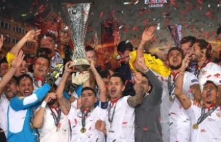 Medipol Başakşehir'in rakibi Sevilla 5 kez...