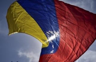 Venezuela'da Kongre üyelerinden kurucu meclis...