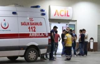 Ağrı'da teröristler minibüse ateş açtı:...
