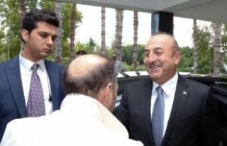 Bakan Çavuşoğlu'ndan Barzani'ye sert...