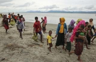 Myanmar hükümetinin Bangladeş sınırına mayın...
