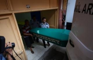 Mersin'de 5 yaşındaki çocuk bıçaklanarak...