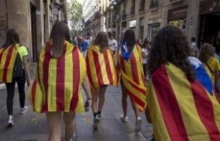 İspanya'da, Katalanlara 'referanduma katılmayın'...