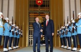 Cumhurbaşkanı Erdoğan, Putin'i resmi törenle...