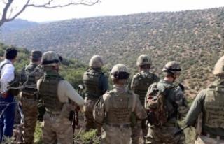 Vali Atik, 12 PKK'lının öldürüldüğü operasyon...