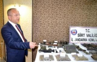 Vali Atik, 12 PKK'lının öldürüldüğü operasyonda...