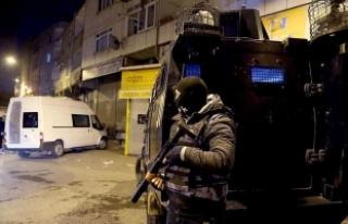 Adana merkezli terör operasyonunda 9 zanlı yakalandı