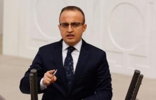 AKP'li Turan: Belediye başkanları FETÖ irtibatından...