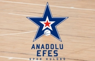 Anadolu Efes, ilk maçında kayıp