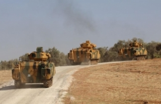 Askeri araç ve malzemeler Hatay'a ulaştı