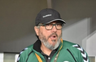 Atiker Konyaspor, teknik direktör Mustafa Reşit...