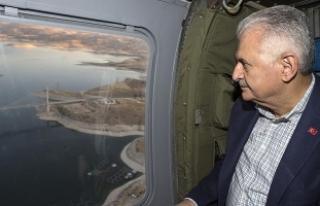 Başbakan Yıldırım Ağın Köprüsü'nü havadan...