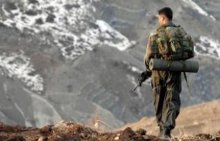Hakkari'de kayalıktan düşen asker şehit oldu