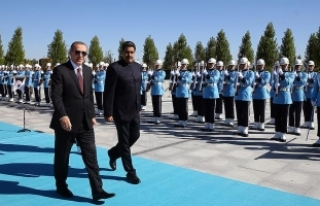 Erdoğan, Venezuela Devlet Başkanı Maduro'yu...