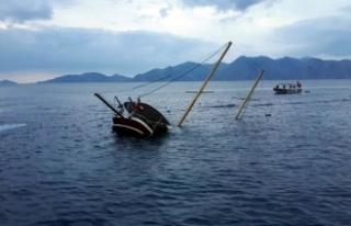 Gana'da çiftçileri taşıyan tekne battı:...