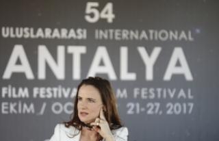 ABD'li aktris Lewis: Benim başıma taciz gibi...