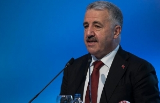 "Bakan Arslan: ""Türk Telekom'un direkt altına..."