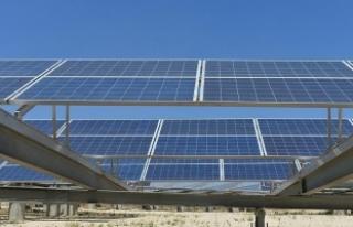 'Yenilenebilir enerji kapasitesi 2022'ye...