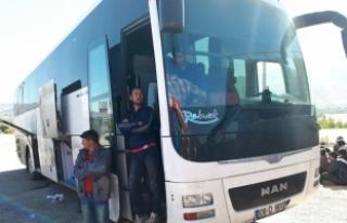 Yolcu otobüsünde 181 kaçak yakalandı