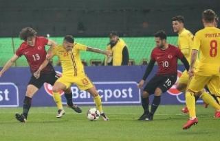 A Milli Futbol Takımı Romanya'ya 2-0 mağlup...