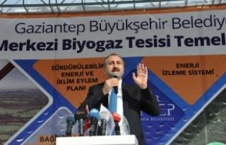 Adalet Bakanı Gül: 'İnsanı yücelt ki devlet...