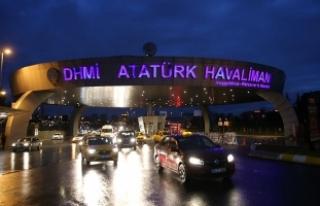 Atatürk Havalimanı'nda şüpheli valiz fünyeyle...
