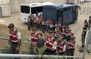 Darbeci albaydan 'Gürültü yapmak için top...