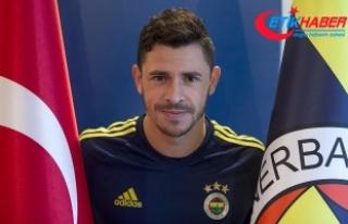 Fenerbahçeli futbolcu Giuliano: Şampiyonluk yarışı...