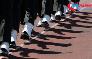 FETÖ'den 'İtaat etmezsen üniformayı...