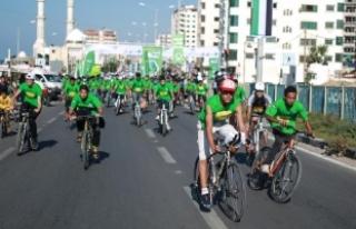 Gazze'de uzlaşıya destek için bisiklet ve...